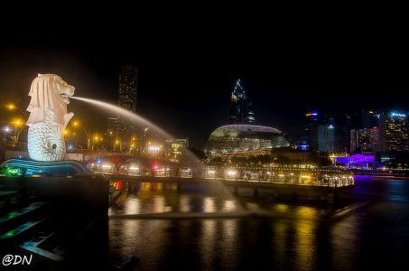 20150103-203807-singapore-at-night 16447983945 O