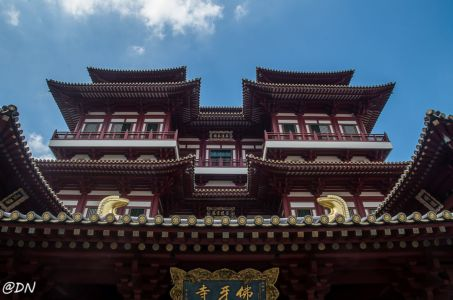 20150104-131730-singapore---buddha-tooth-relic-temple-and-museum 16351628147 O